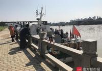 河源橋垮2人仍失聯!系豐田司機和網約車乘客,家屬搜救現場等待