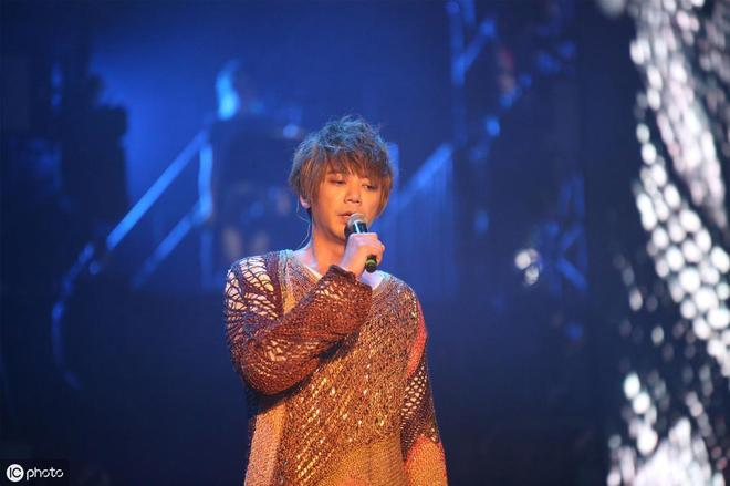 小S在節目中被信罵哭:你唱不紅很正常,網友看後紛紛稱好