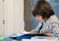 """陪孩子寫作業,崩潰到""""更年期提前""""?聰明媽媽給你支招"""
