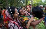 印度2個男孩被人當眾暴打致死,只因為大家懷疑他們偷了牛