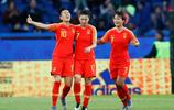 足球——B組:中國隊對陣南非隊