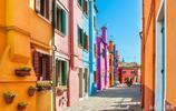 世界各地漂亮的彩色房子