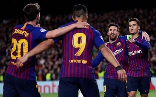 梅西造4球,C羅進3球,誰更偉大?歐冠官微給出了答案