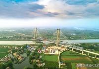商(丘)合(肥)杭(州)高鐵重點工程  裕溪河特大橋順利合龍