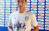 前山東魯能球員呂徵在足協盃第三輪比賽中一人打進4球