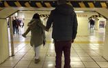 歐美遊客神吐槽:如果你長得太高,就別來日本旅遊了