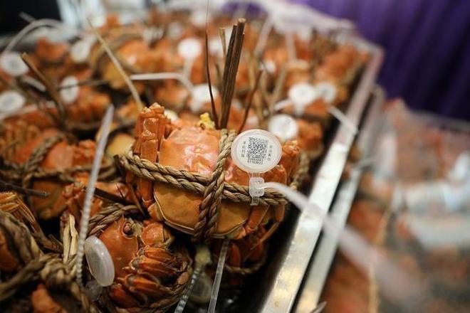 最土壕食堂!馬雲讓阿里巴巴員工成為今秋首批免費吃上大閘蟹的人
