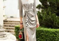 人到中年更要打扮,學下面女人穿,比旗袍還顯女人味