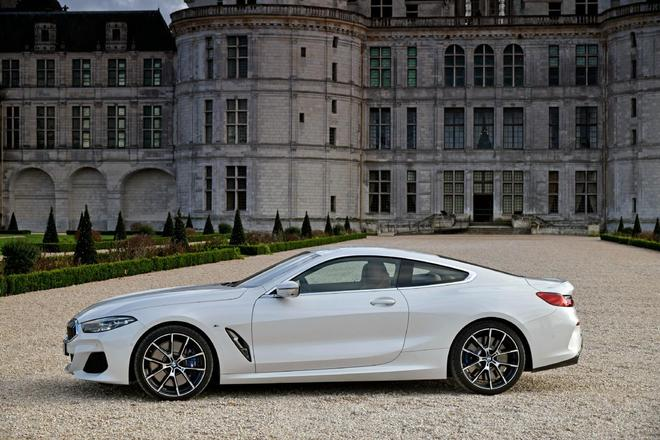 叫板奔馳S級轎跑, 寶馬840d xDrive M Sport 