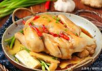 這是蔥油雞最好的做法,幾招教新手你變大廚——無水蔥油童子雞