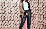 賽琳娜·戈麥斯拍廣告,連帽衫搭配白T皮褲,真是才貌雙全