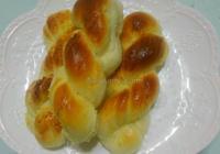椰蓉麻花面包