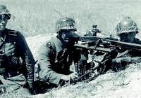 在二戰時期,你認為德國的一個團能不能打敗日軍的一個師團?有何依據?