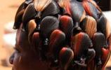直擊一群擁有最潮髮型的非洲人,做頭髮花3年,洗頭髮要一天