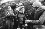 老照片:二戰蘇聯彪悍勇猛的娃娃兵,圖5士兵滿臉滄桑、臉帶微笑