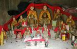 重慶這座寺廟的菩薩全部打著傘,聽83歲老婆婆說背後的故事