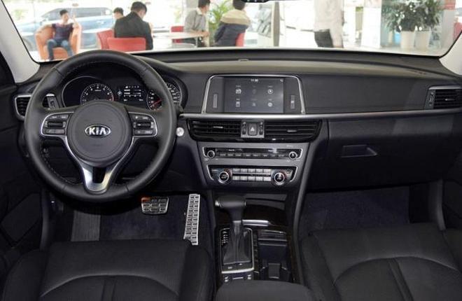 韓系車起亞K5降價3.7萬,僅售13.68萬,你會買嗎?