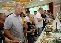 外國遊客盛讚中國豆丹美食