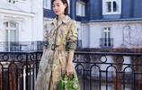 王麗坤換個髮型真驚豔,穿小雛菊風衣甜美又減齡,美回顏值巔峰!