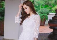 珠珠白色連衣裙,淡妝的珠珠也好美