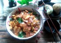 白菜豬肉燉粉條,這樣做,連湯汁都不剩,冬天冷,吃的暖胃又暖心
