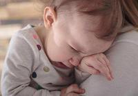 """寶寶便便酸臭,媽媽留心是""""乳糖不耐受"""",可損傷智力發育"""