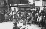 老照片:100年前的上海舊照,圖3一群人看打麻將,圖6為日本女子