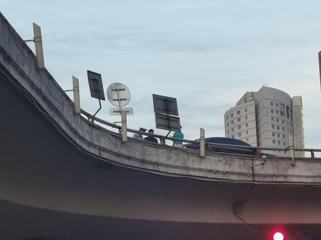 鄭州這個路口上橋要注意了,不按時間上橋,罰你沒商量