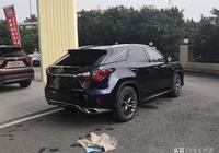 雷克薩斯RX300提車感受,深藍色外觀霸氣十足,紅色內飾年輕運動