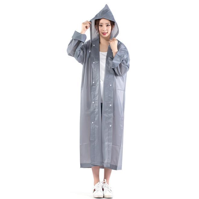 """雨傘慢慢沒人用了!上海產""""避雨神器""""一路走紅,狂風暴雨不怕溼"""