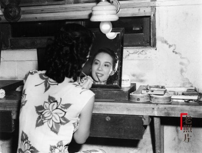 一組40年代美麗女性老照片,那時候的美是天然的