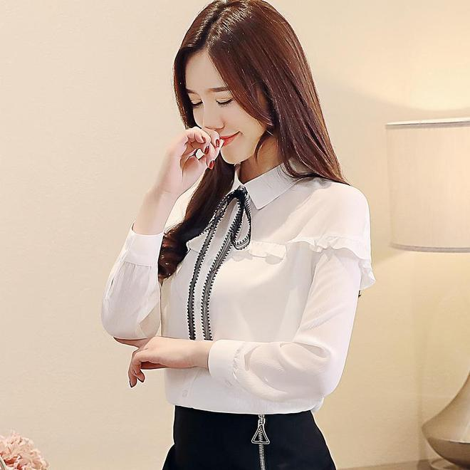 超級時尚的雪紡衫,很顯氣質,清爽透氣顯年輕,特減齡