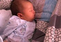 如何讓寶寶睡出好頭型?兒科醫生告訴你最佳方法,寶媽要及時糾正