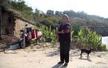 山西農村74歲獨居老人不肯搬進山下新家,只為堅守5年前1個承諾