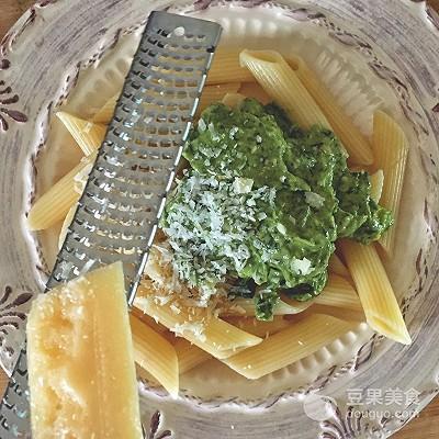 牛油果青醬意麵的做法