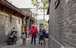 北京二環衚衕實拍,像極農村的磚牆瓦房,隨便一套市價超千萬!
