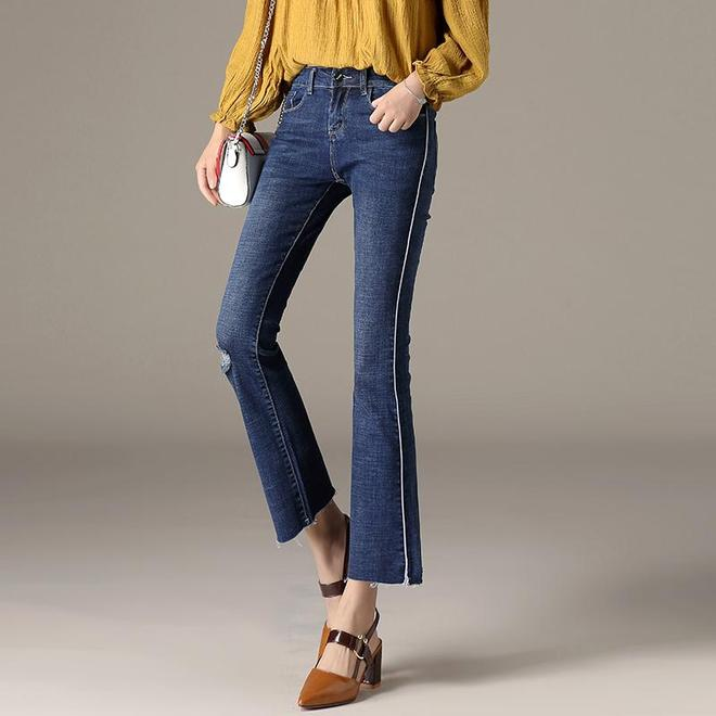 別傻傻的只知道穿打底褲,這8款牛仔褲可比它們更修身有型多了