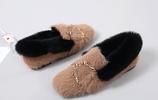 """再次建議:瞧這款""""毛毛鞋,毛絨絨巨保暖,不凍腳,現在穿還不晚"""