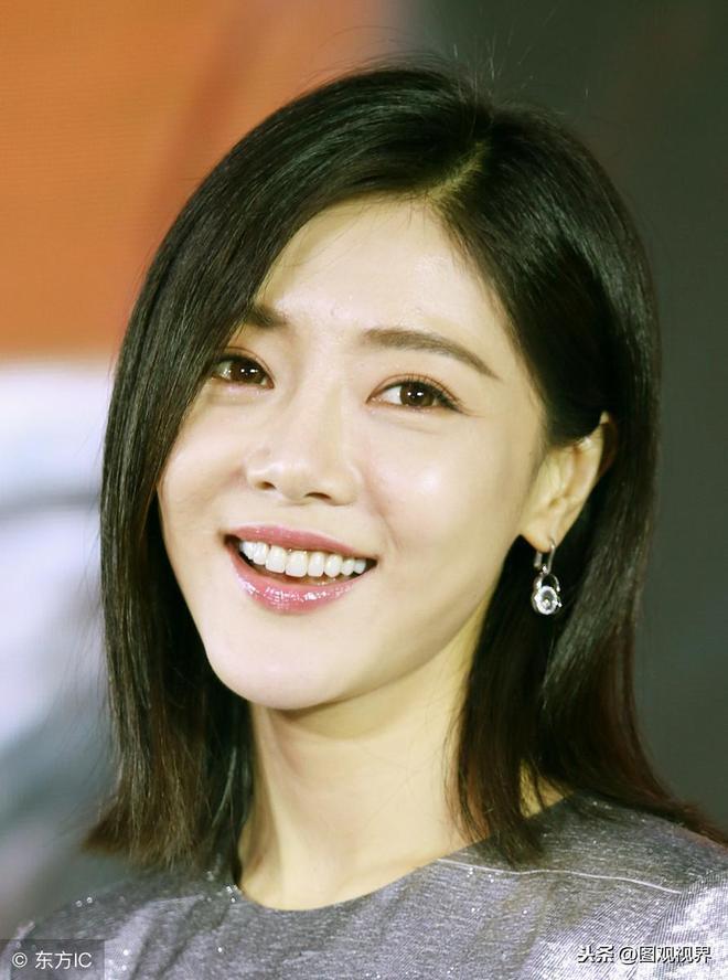 """低調的實力派女演員,演戲時表情豐富,很多人都叫她""""小周迅"""""""