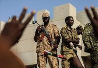 外媒:蘇丹軍隊開槍驅散示威者致9傷,軍方和抗議者互相指責