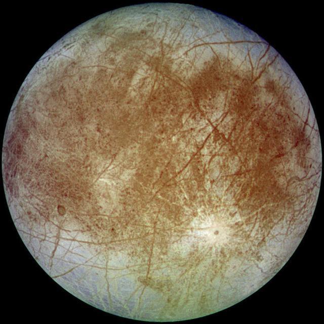 太陽系內最接近存在生命的天體:木衛二