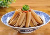 冬天家裡的大蘿蔔,用來做點小醬菜,脆爽美味,非常下飯