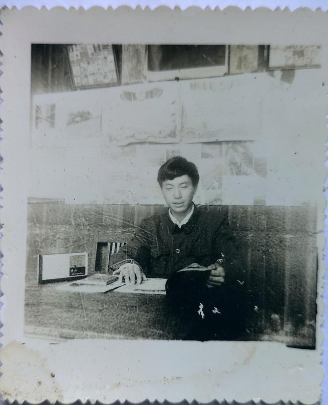 我是愛拍照的農民鄭德勝,63歲的我在家給老母親和自己備好了棺材