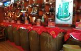 實拍茅臺鎮,空氣中都瀰漫著酒香,小作坊一年銷售過千萬