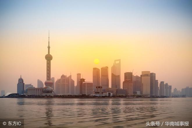 走進上海陸家嘴,這是上海出鏡率最高的地方,很多人喜歡來此拍照