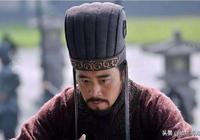 此人是漢末名將,平定黃巾之亂,卻敗於李傕郭汜之手