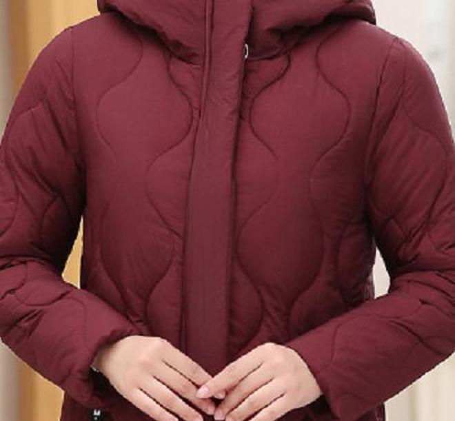 """最近又火了一棉服:叫""""風雪衣""""!70後女人穿,保暖洋氣顯年輕"""