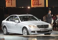 這款合資車竟降價到六萬多,月銷量3W+,年輕人開著大氣有面子!