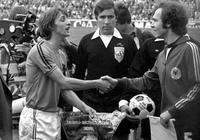 克魯伊夫與貝肯鮑爾——70年代的梅西與C羅