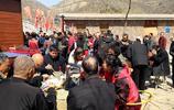 十萬人同吃一鍋菜,場面壯觀,令人震撼!